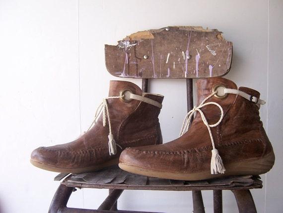 Vtg Leather Ankle Moccasins