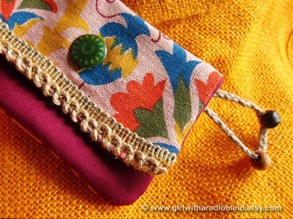 Small Purse in Folk Earthy Pink - Free Spirit Lola Flower Purse with Hemp Trims and Green Psychedelic Button