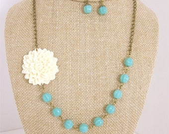 Turquoise Bridesmaid Jewelry Set Beaded Flower Necklace Rustic Wedding Jewelry
