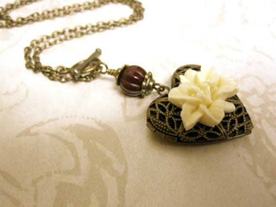 Vintage Heart Locket Necklace Filigree Locket with Ivory Lily