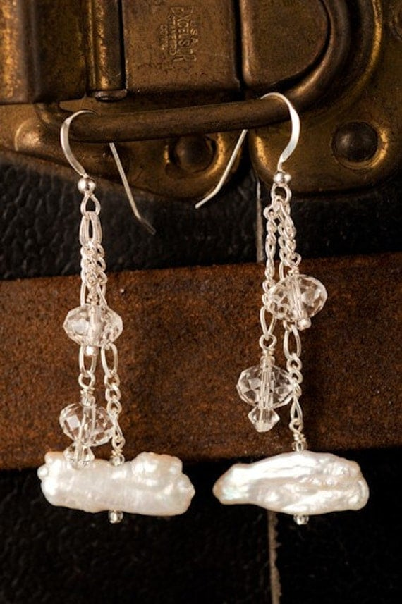 Off White Pearl and Crystal Dangle Earrings - Liz Earrings