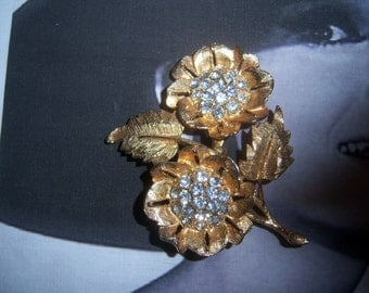 Unsigned Large Chaton Double Flower Brooch