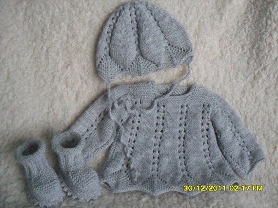 Clearance. Grey Tunic,Bonnet and Booties Set. NB-3M.