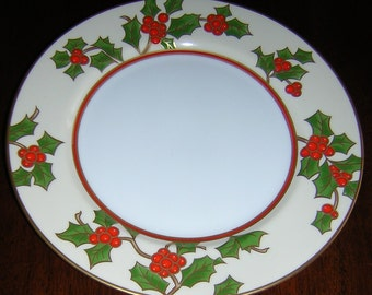 Fitz and Floyd Christmas Holly Salad/Dessert Plate