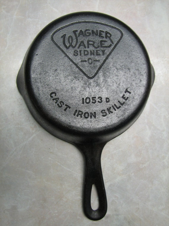 wagner ware sidney o cast iron skillet triangle logo frying. Black Bedroom Furniture Sets. Home Design Ideas