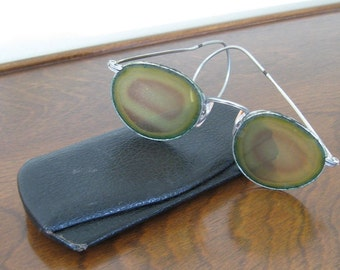 Antique Reading Glasses Spectacles Wire Frames with Case Victorian Collectible Vintage Fashion Collectible