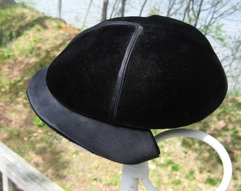 Vintage Hat Black Velvet Satin Amy New York Hutzler's Baltimore 1950s Fashion Collectible