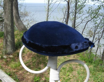 Vintage Hat Blue Velour Riviera Italy Feather Fashion Collectible