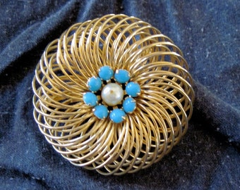 Brooch Robin Egg Blue Stones in Wire with Faux Pearl Vintage Costume Jewelry