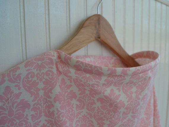 Nursing Cover - Sweet Pink Damask