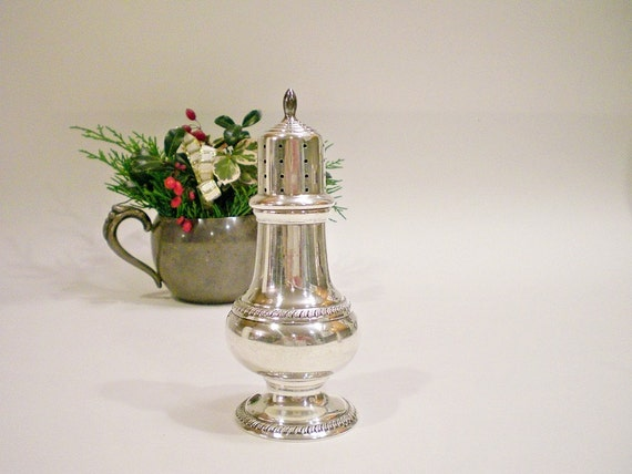 Antique Sterling Silver Salt or Pepper Shaker, Hunt Co  c. 1930