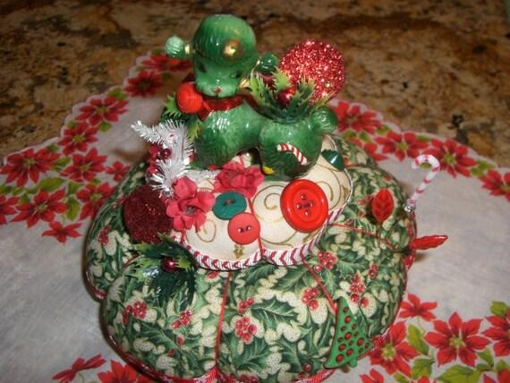 Vintage christmas Poodle Pincushion Centerpiece  Pin Keep Table Decoration   Pin Cushion