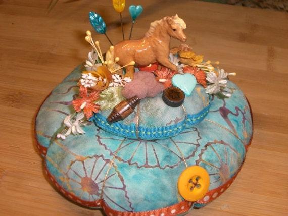 Majestic Horse  Pincushion Sewing Pin Keep Pin Cushion