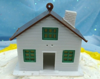 Vintage Plastic House Cake Topper Toy