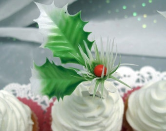 12 Vintage Holly and Berry Cake Cupcake Topper Picks