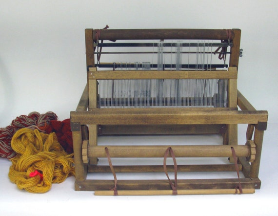 table loom weaving instructions