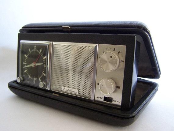 Audition Travel Clock Radio  vintage