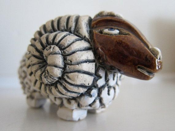 Artesania Riconada Ceramic Ram