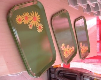 Vintage 1950's /1960's serving trays