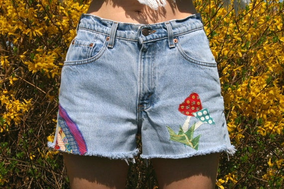 Upcycled MUSHROOMS and RAINBOWS Vintage LEVIS High Waisted Jean Shorts 28 Waist