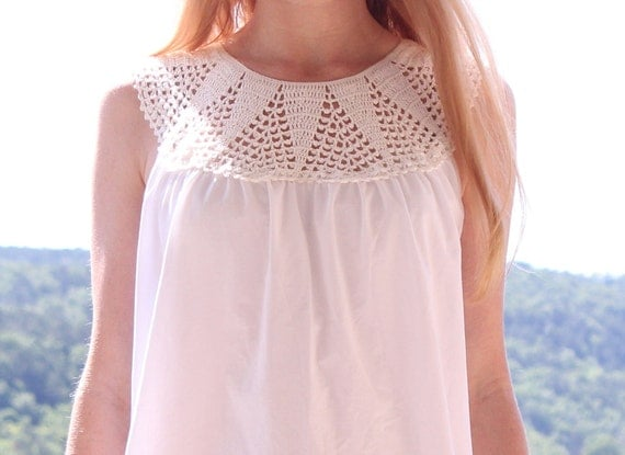 White Cotton Blouse with Crochet Lace Collar Romantic Spring Summer One Size