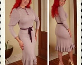 RESERVED Unique 1940's Style Pastel Lilac Purple Hourglass Knitted Sweater Dress w/ Mermaid Hem by Miss JoAnn of California - VLV - Size M