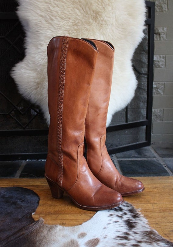 GORGEOUS Butterscotch Leather 1970's Western Style High Heel Boots by Cobbies - Knee High - Inner Leg Zipper - Decorative Braided Leather Trim - Wooden 3 Inch Stacked Heel - 8 1/2 - Size 8.5 M