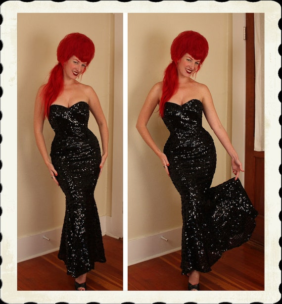 RESERVED 1950's Style Sequined Strapless Mermaid Gown - Satin Lined - Structural Boning - Sweetheart Bust & Low Back - VLV - Size M to L