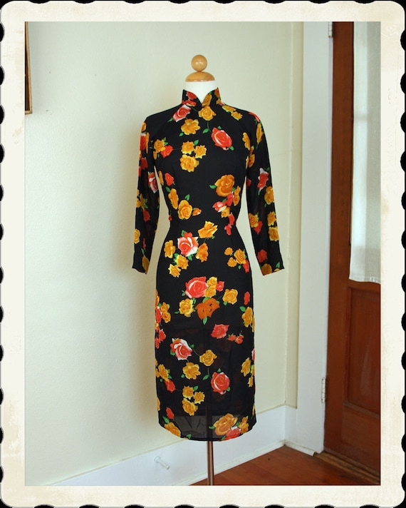 GORGEOUS 1950's Inky Black Sheer Silk Chiffon Cheongsam or Suzy Wong Hourglass Cocktail Dress / Tunic w/ Roses Print - VLV - Size Short M