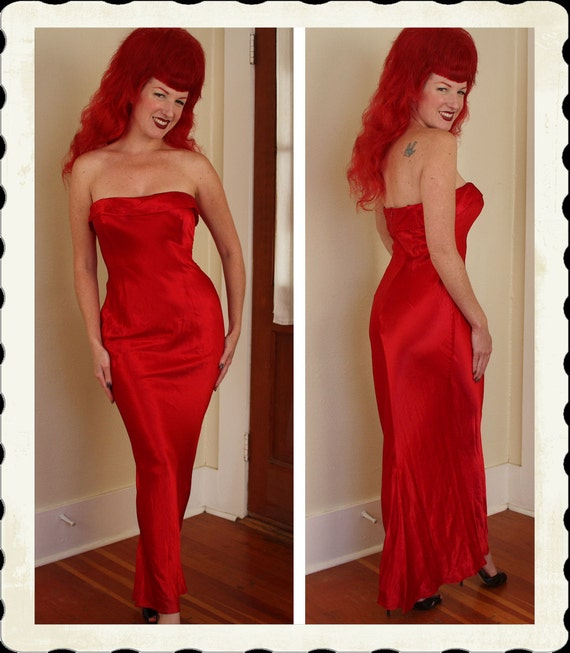 GLAMOROUS 1930's Style Crimson Red Silk Rayon Strapless Bias Cut Hourglass Long Gown w/ Train - Old Hollywood - Burlesque - VLV - Size M