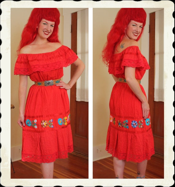 GORGEOUS 1940's Rich Red Cotton Senorita Mexican Peasant Day Dress or Sun Dress w/ Hand Crochet Trim - On or Off Shoulders - Size M to XXL
