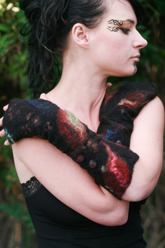 Fingerless Gloves - Arm warmers - Black Victorian - felt and lace