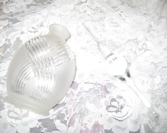 Vintage Frosted Crystal Art Deco Swirl Perfume Bottle w/ Stopper