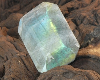 Labradorite faceted octagon natural gemstone 144 cts