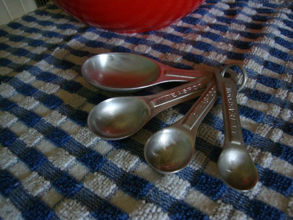 Vintage Aluminum Measuring Spoons