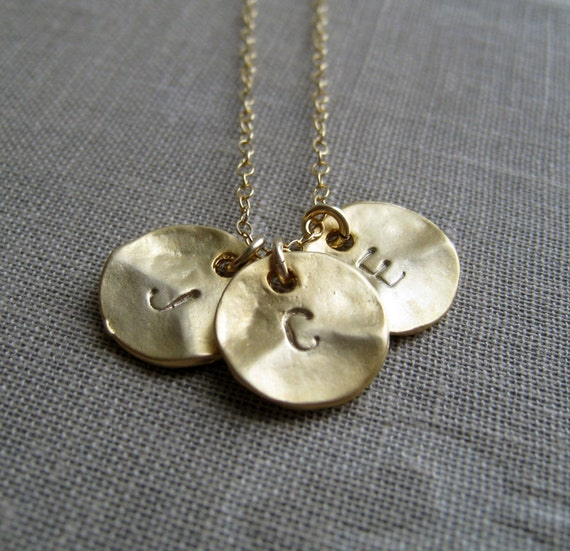Initial necklace // personalized jewelry // nymetals