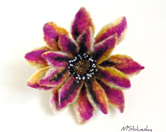 FLOWER Magenta and gold felt brooch Ready to ship Gift under 50 USD