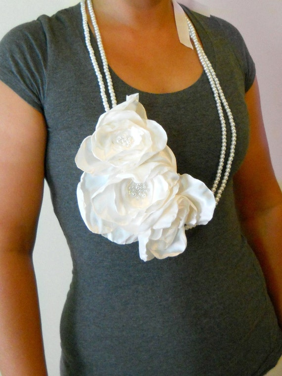 Long Fabric Flower Necklace in Ivory with Ribbon Tie