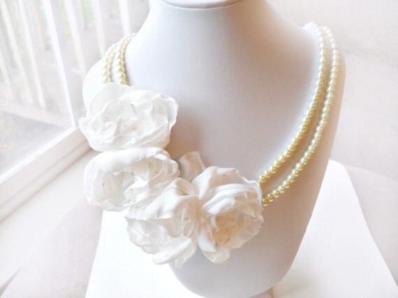 Custom listing for Katie, 20% down for a Necklace and Hair Flower set