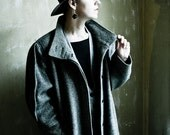 Stranger among Strangers - Long Grey Wool 1980ies Statement shoulders Striped coat
