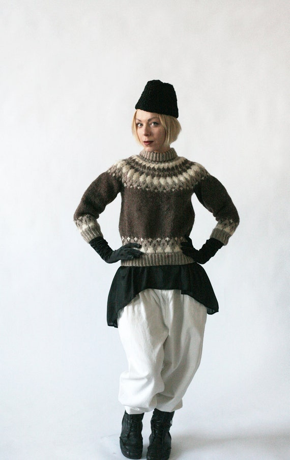Wool Sweater Light Brown and Oatmeal ornamented Nordic size S-XS