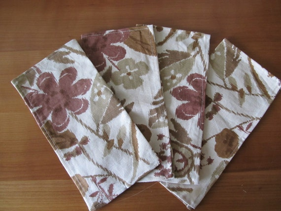 Napkins 13142 Four Medium Cloth Napkins, Cloth Napkins, Napkins, Napkin, Up Cycled Drapery Fabric