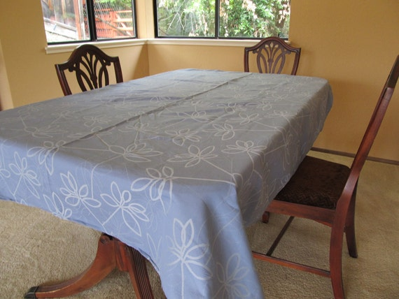 Lavender Blue Floral Table Cloth With Cloth Napkins Set