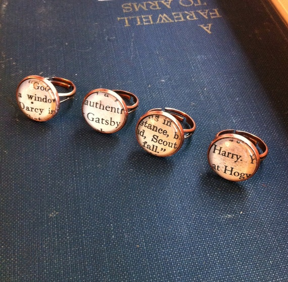 Vintage Book Ring-small face