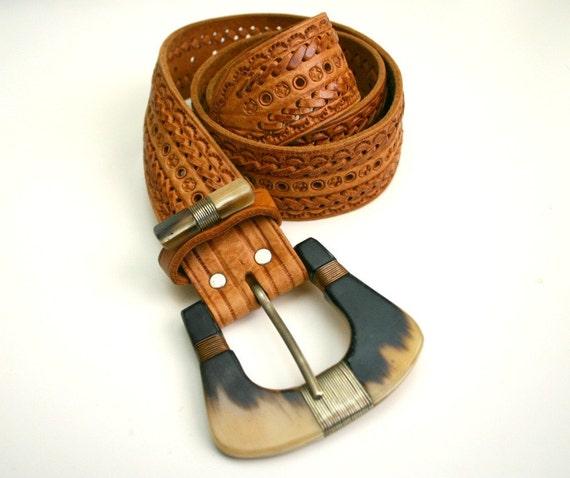 Vintage Western brown leather belt caramel hand tooled