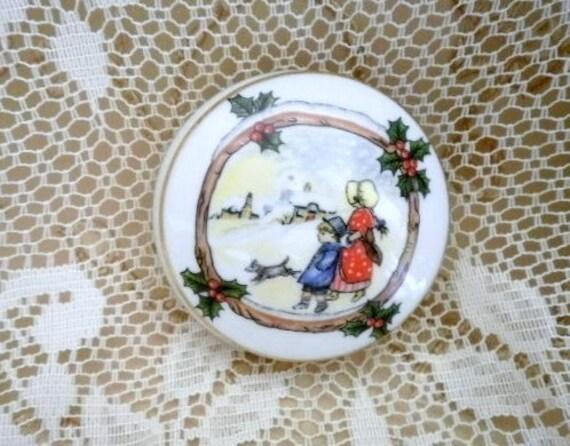 Vintage - Limoges Porcelain Trinket Box