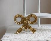 Vintage brass bow ribbon wall hook