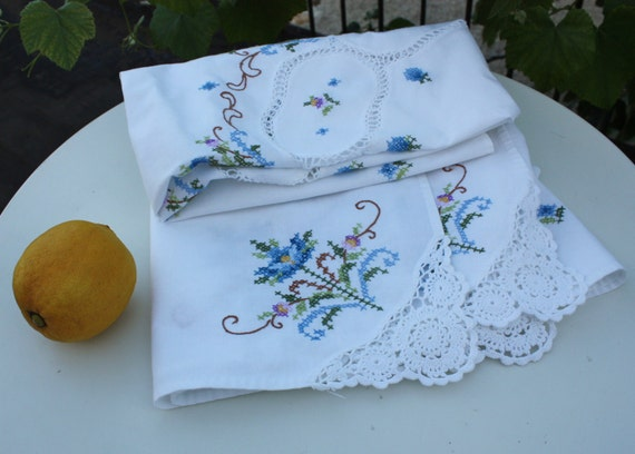 Stunning Italian Large Hand-Embroidered Vintage Tablecloth - circa 1970s
