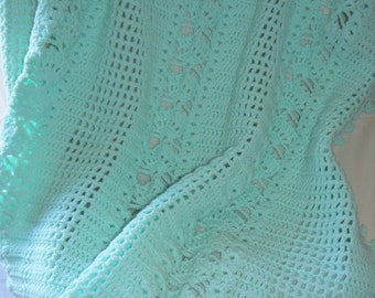Shells and Lattice Green Baby Afghan