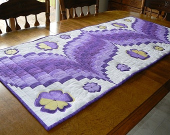 Purple Pansy Bargello Tablerunner